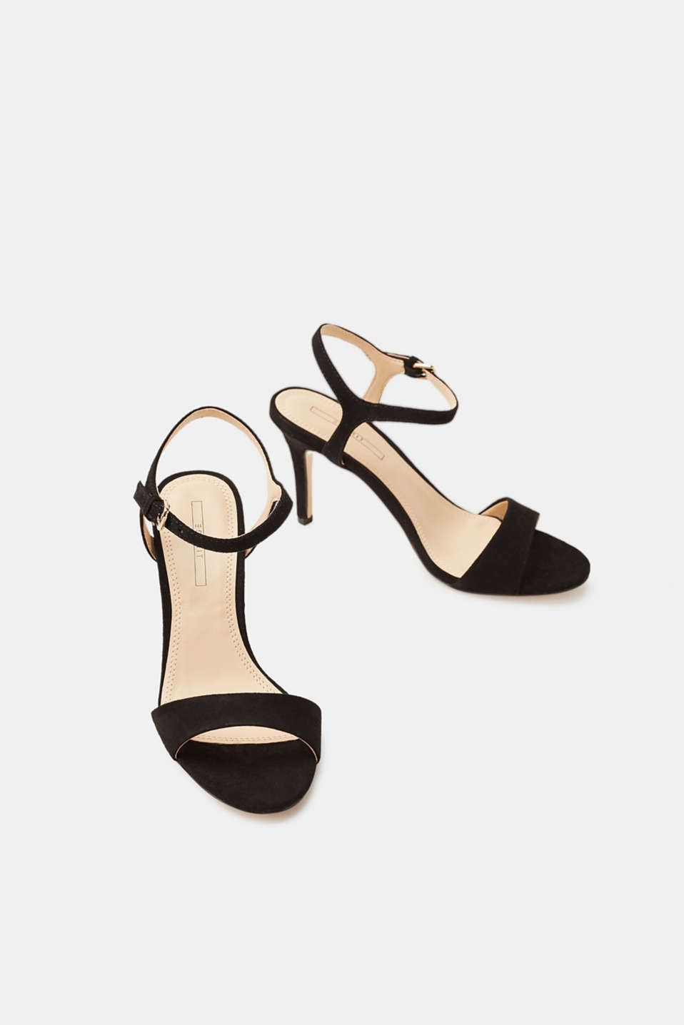 Elegant sandals made of soft faux suede