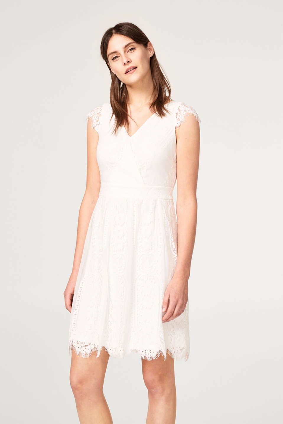 Esprit - Short wedding dress in floral lace