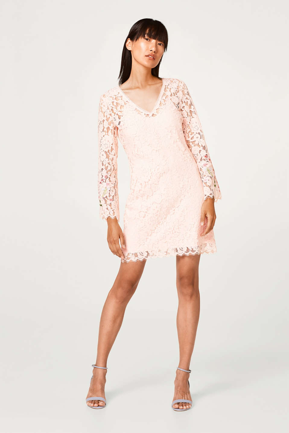 Lace dress with jersey lining