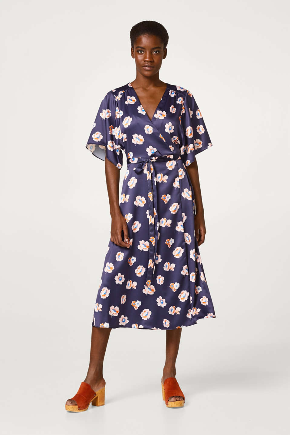 Midi length wrap dress with floral print