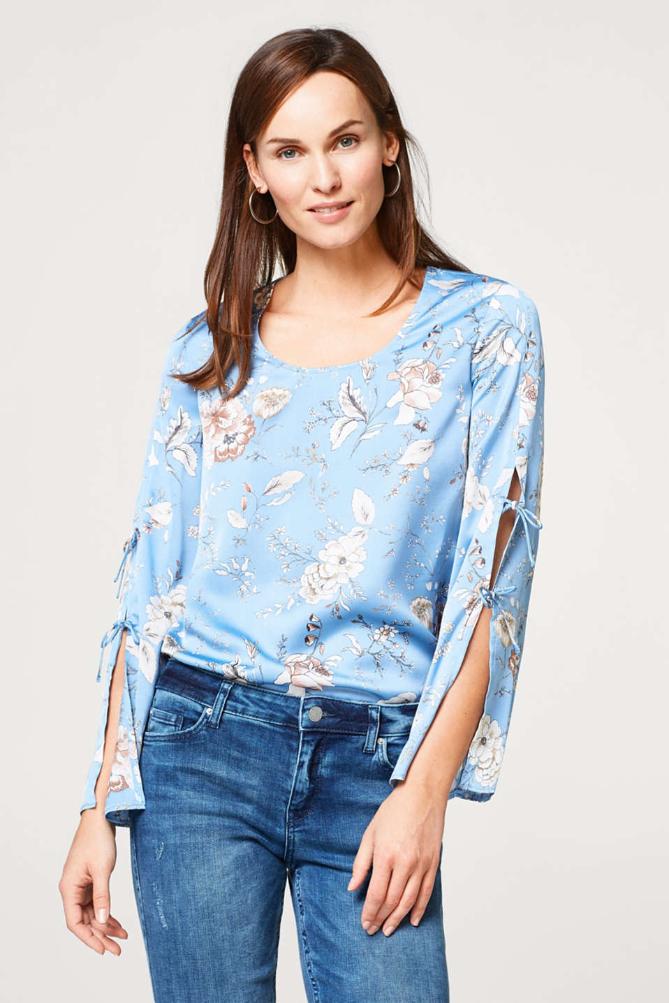 Esprit - Flowing printed blouse with tie-up sleeves