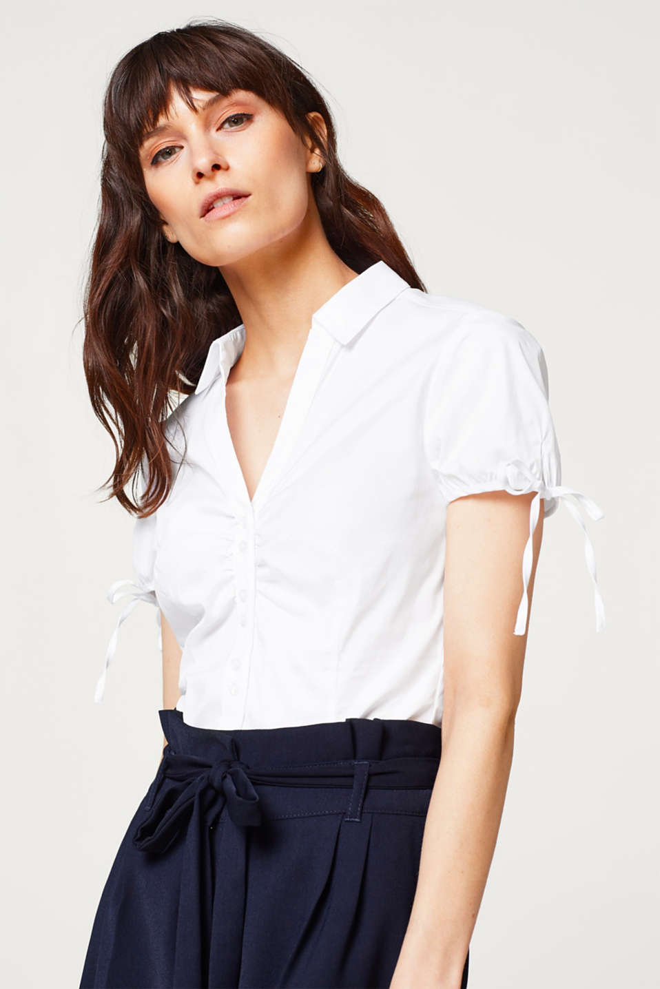 Esprit - Playful stretch blouse in blended cotton