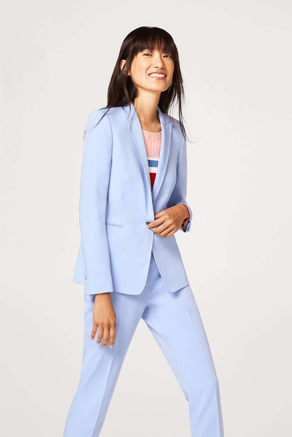 Esprit - Fitted blazer in fine stretch twill