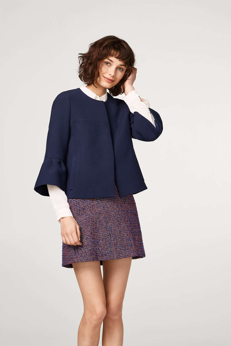 Esprit - Boxy, short jacket with flounce sleeves
