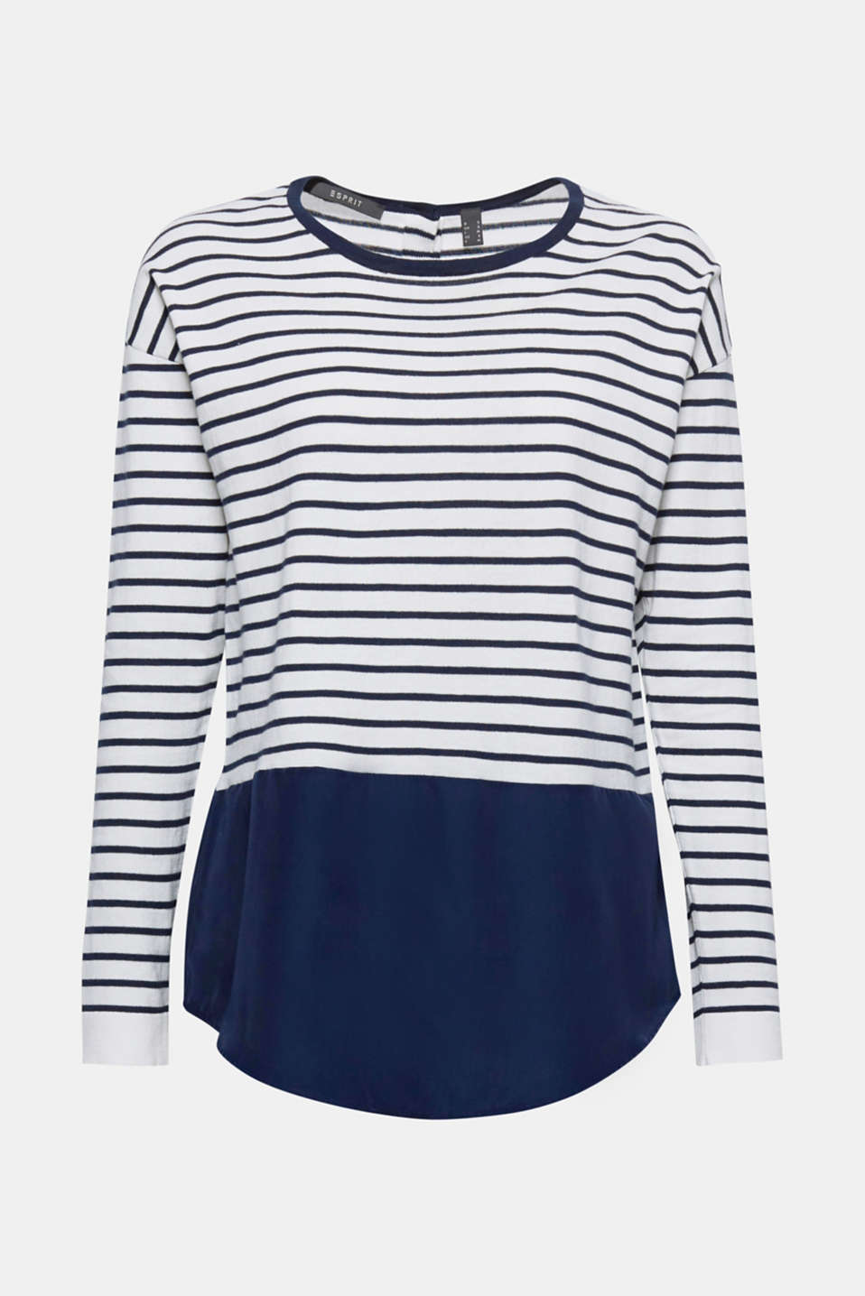 We love jumpers that offer more, just like this style in a soft, comfortable finish with a sewn-on patterned fabric hem!