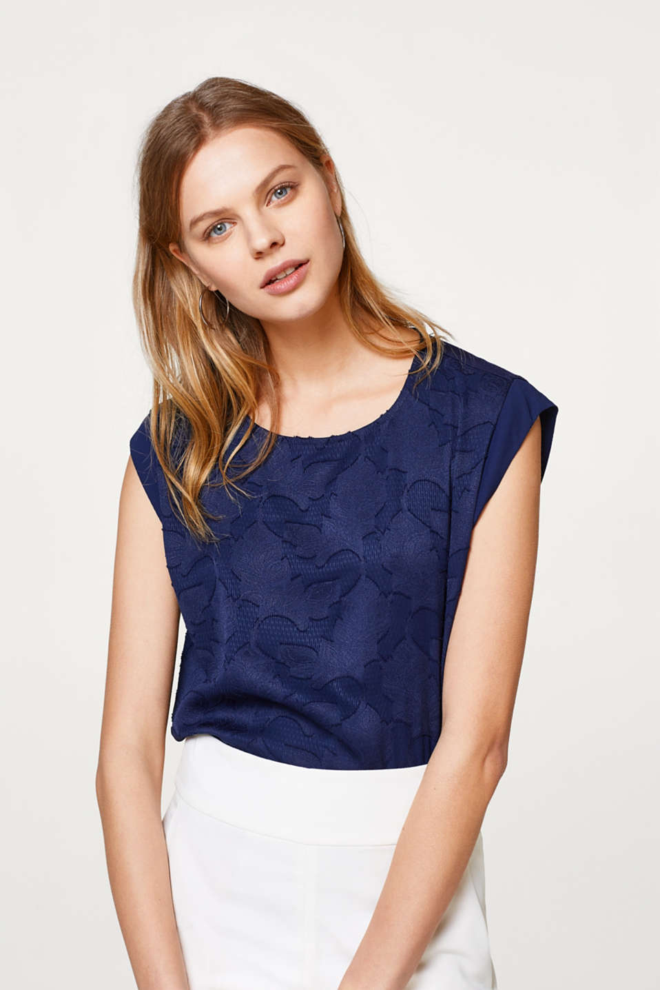 Esprit - Blouse top in a floral burnt-out look
