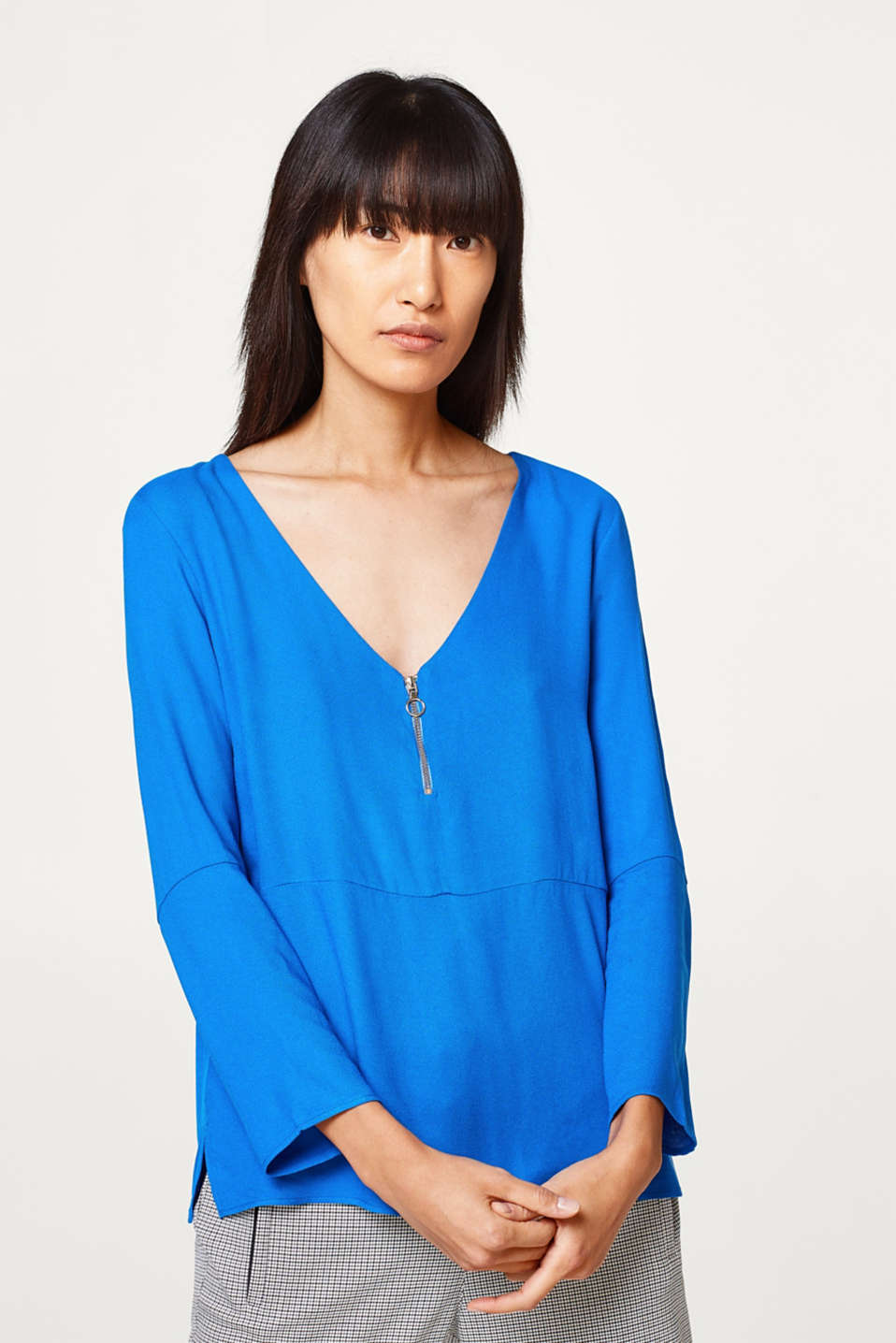 Esprit - Soft lyocell long-sleeve top with a V-neck