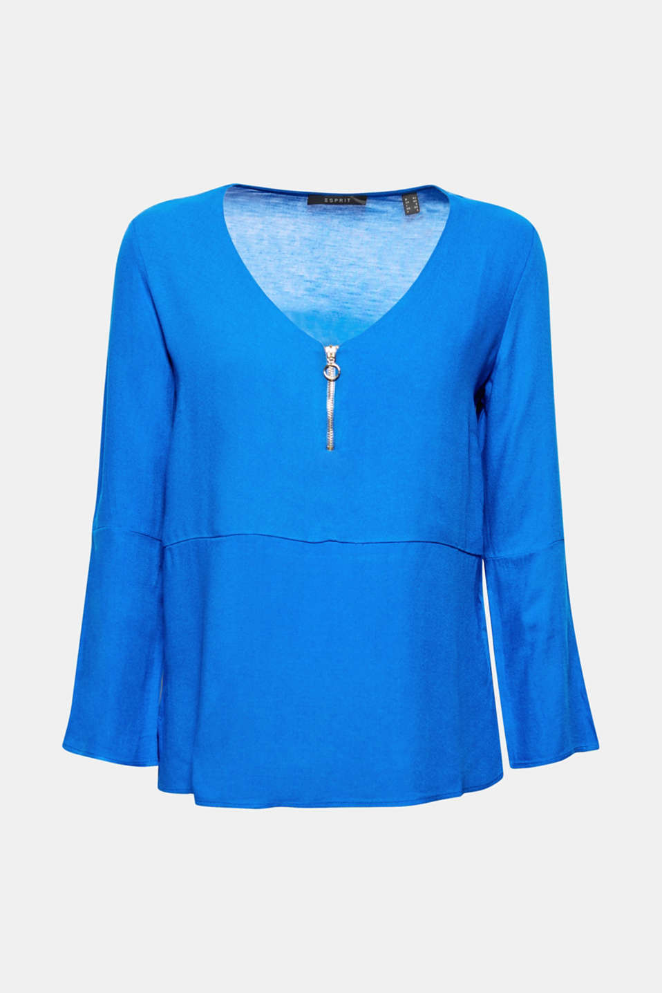 The soft lyocell fabric, striking zip and cropped cut make this long-sleeve top especially stylish.