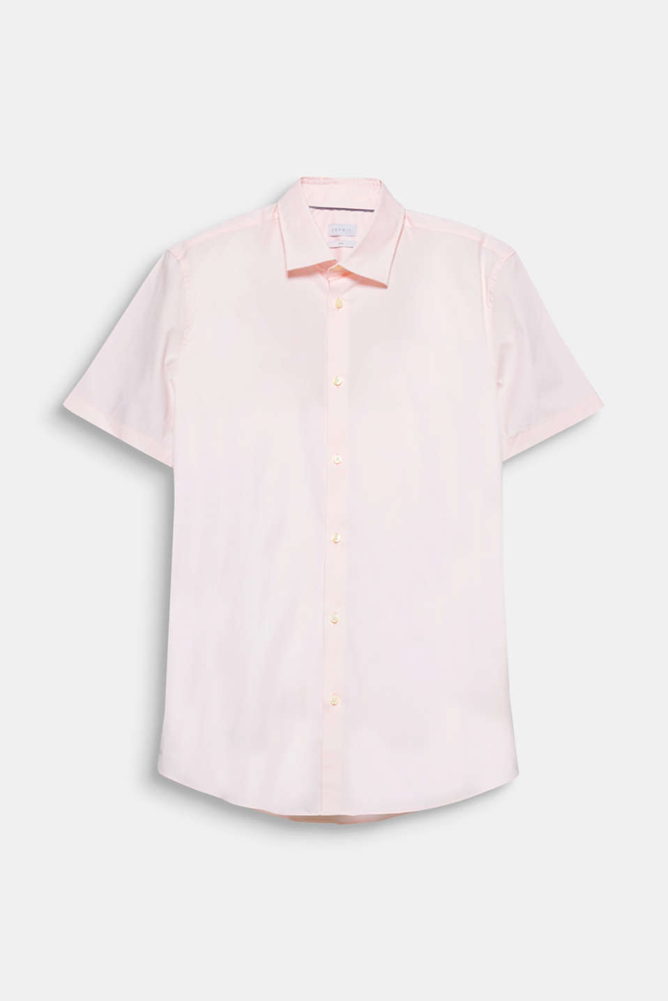 The perfect essential for your suit look when the temperatures go up: short sleeve shirt in 100% cotton.