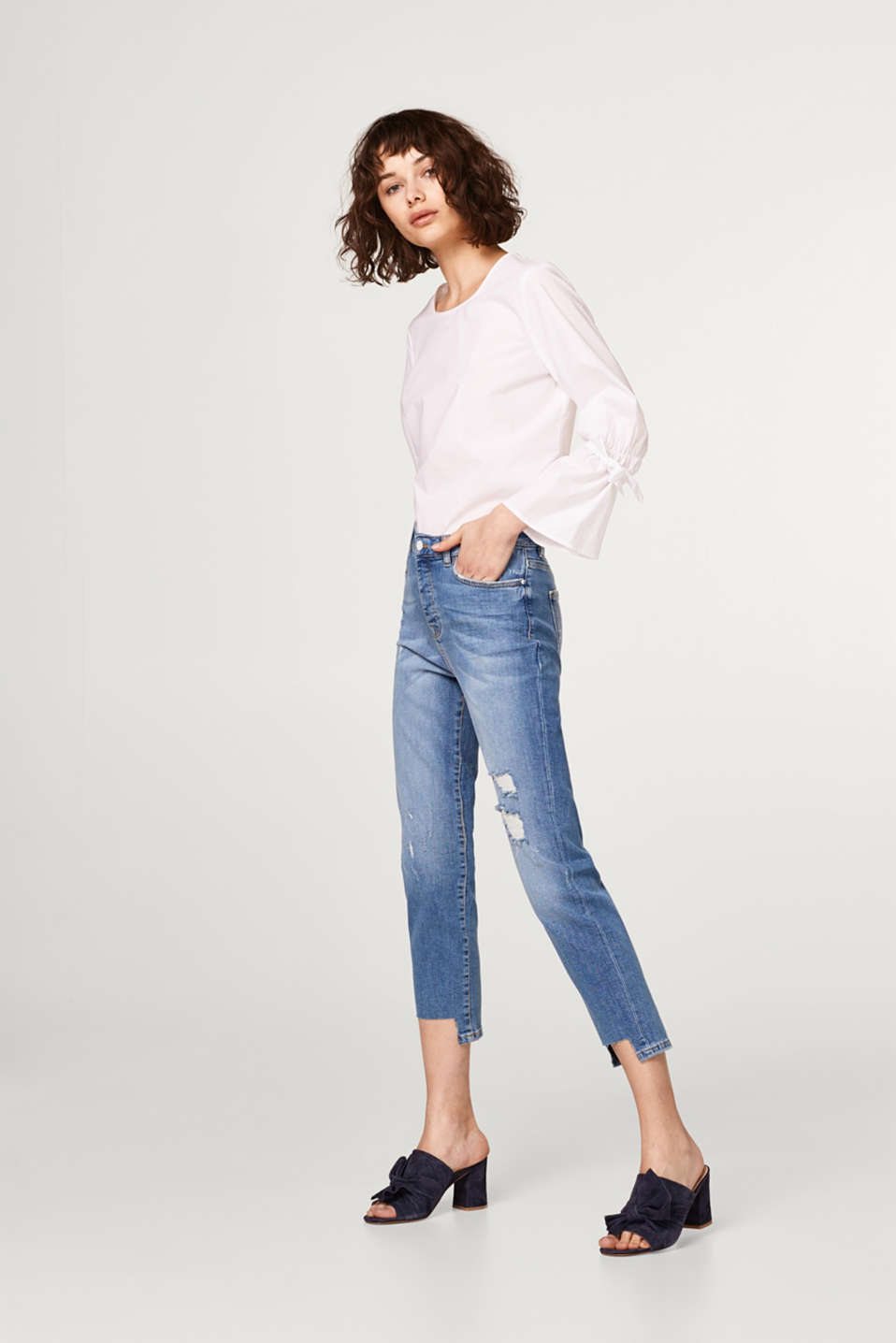 Esprit - Cropped stretch jeans with vintage effects