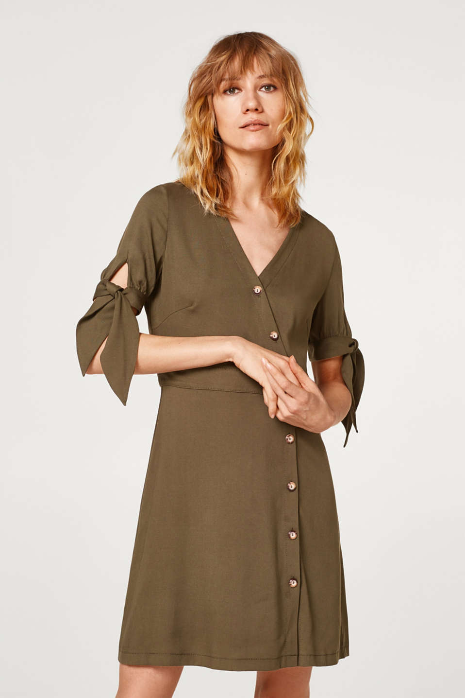 Esprit - Dress with a diagonal button placket