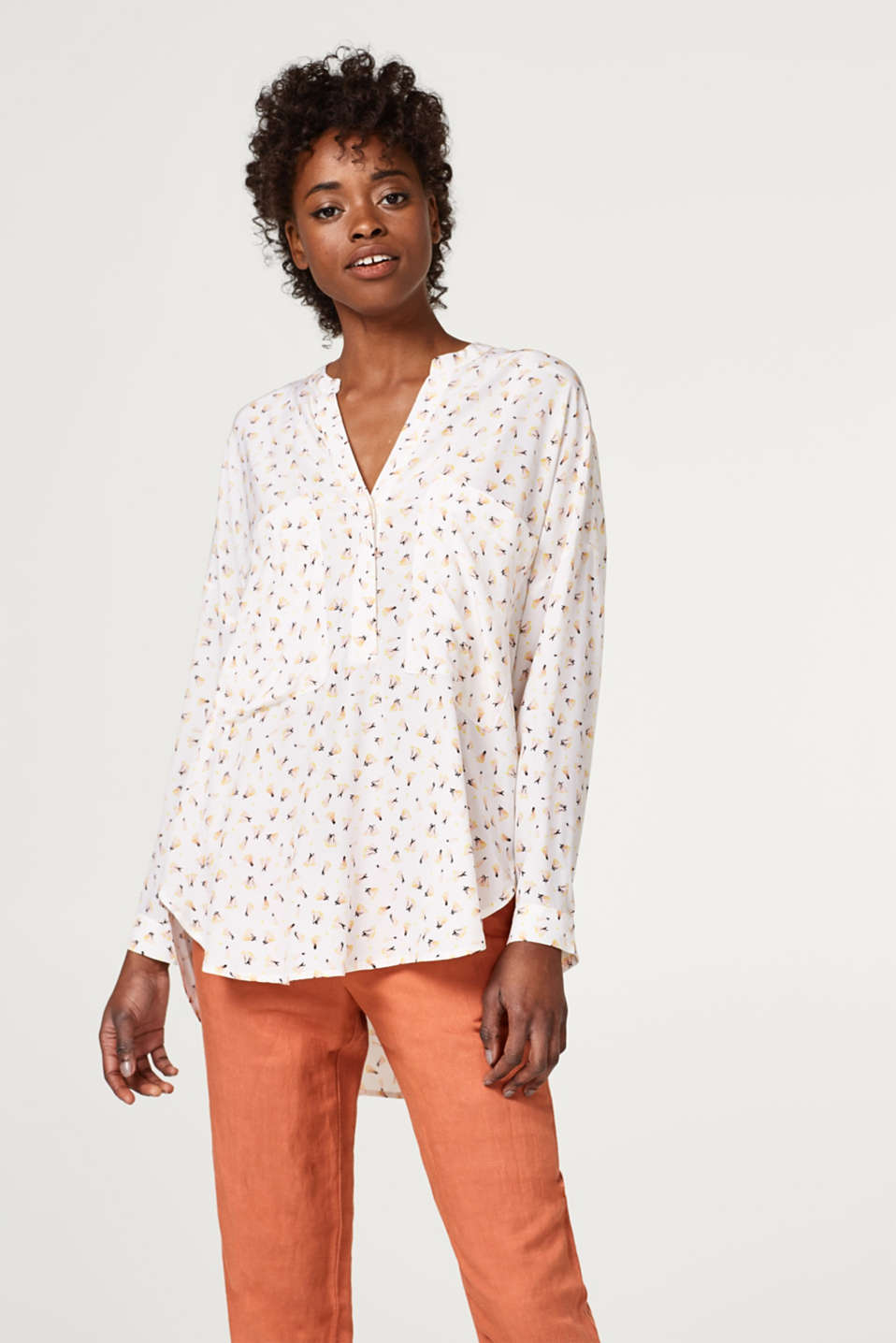 Esprit - Oversized Henley blouse with print