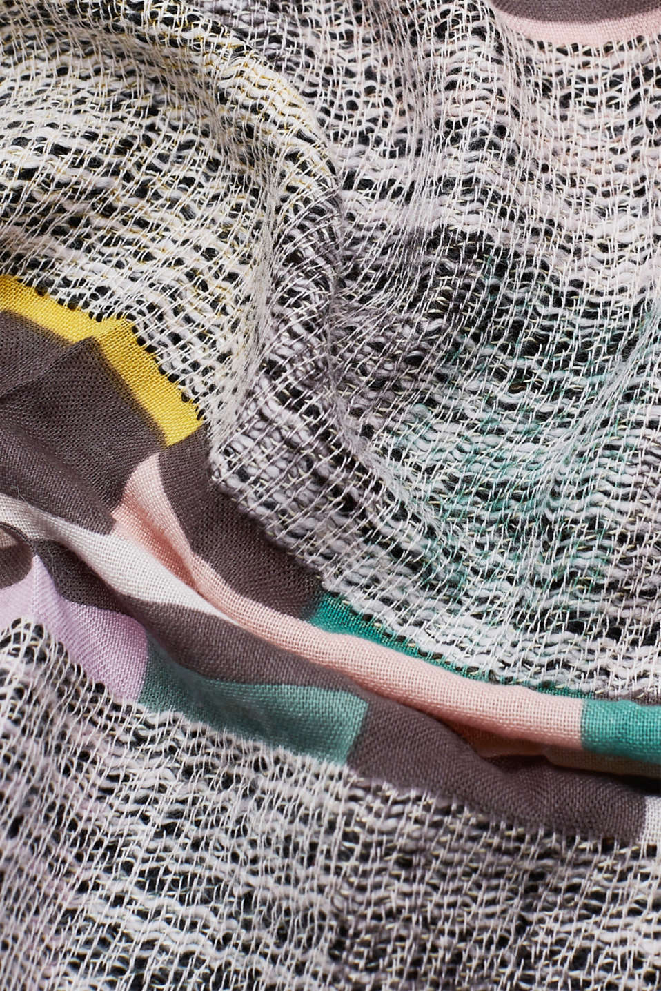 Colourful scarf with textured stripes, SALMON, detail image number 1