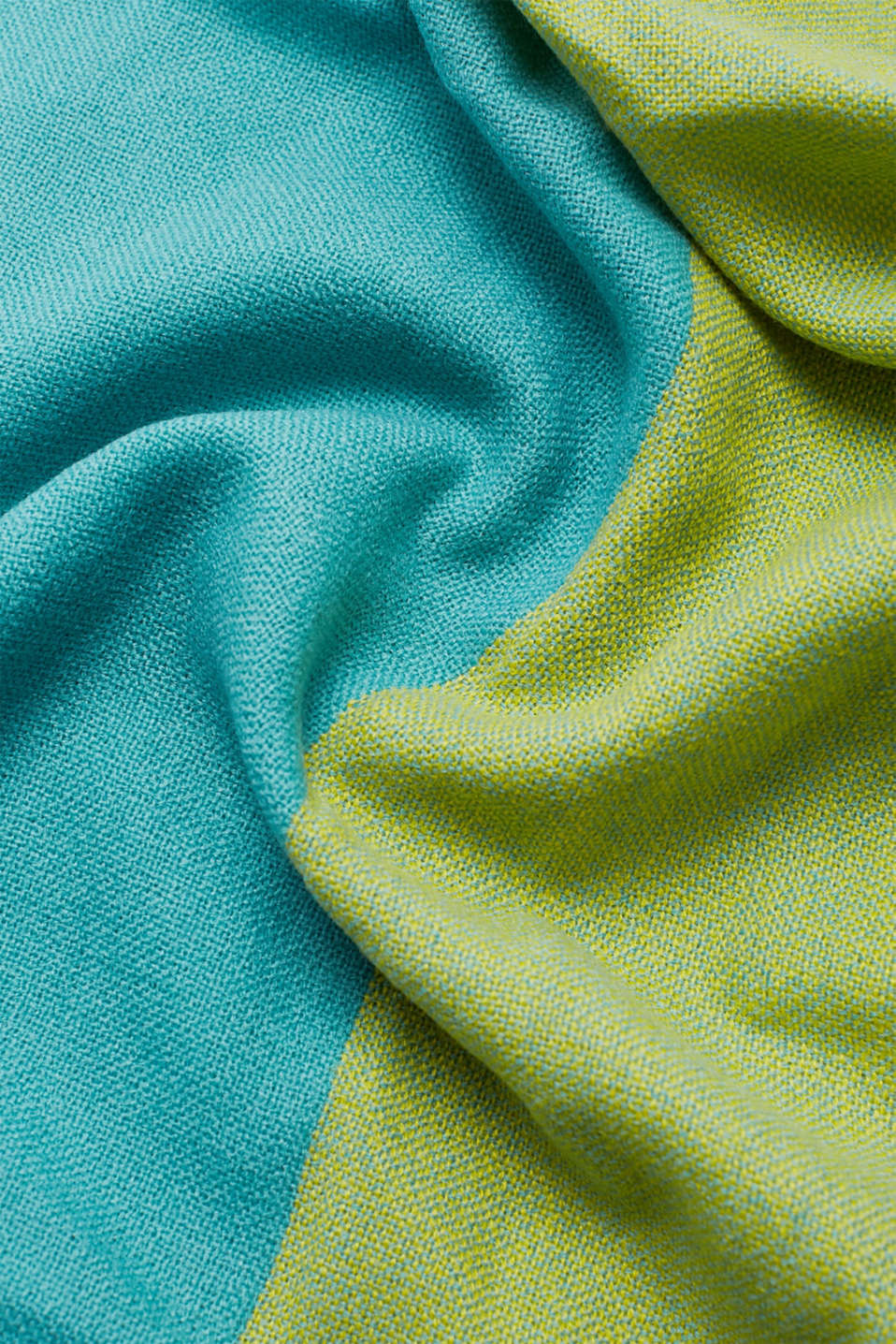 Shawls/Scarves, DUSTY GREEN, detail image number 2