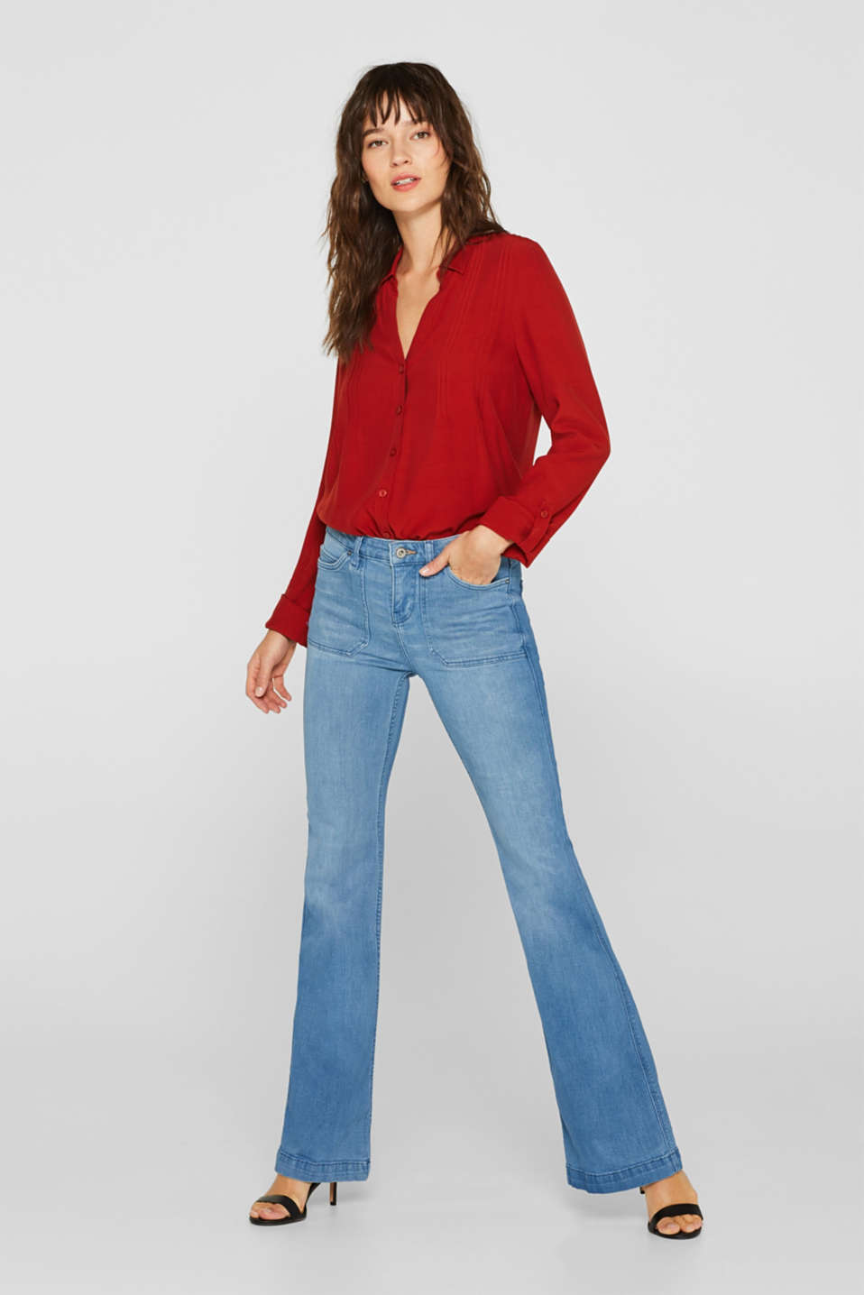 Stretch jeans with flared legs