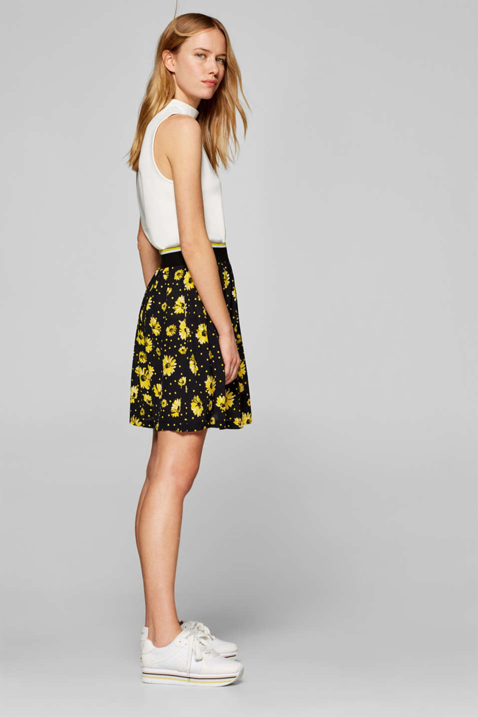 Printed skirt with a striped elasticated waistband