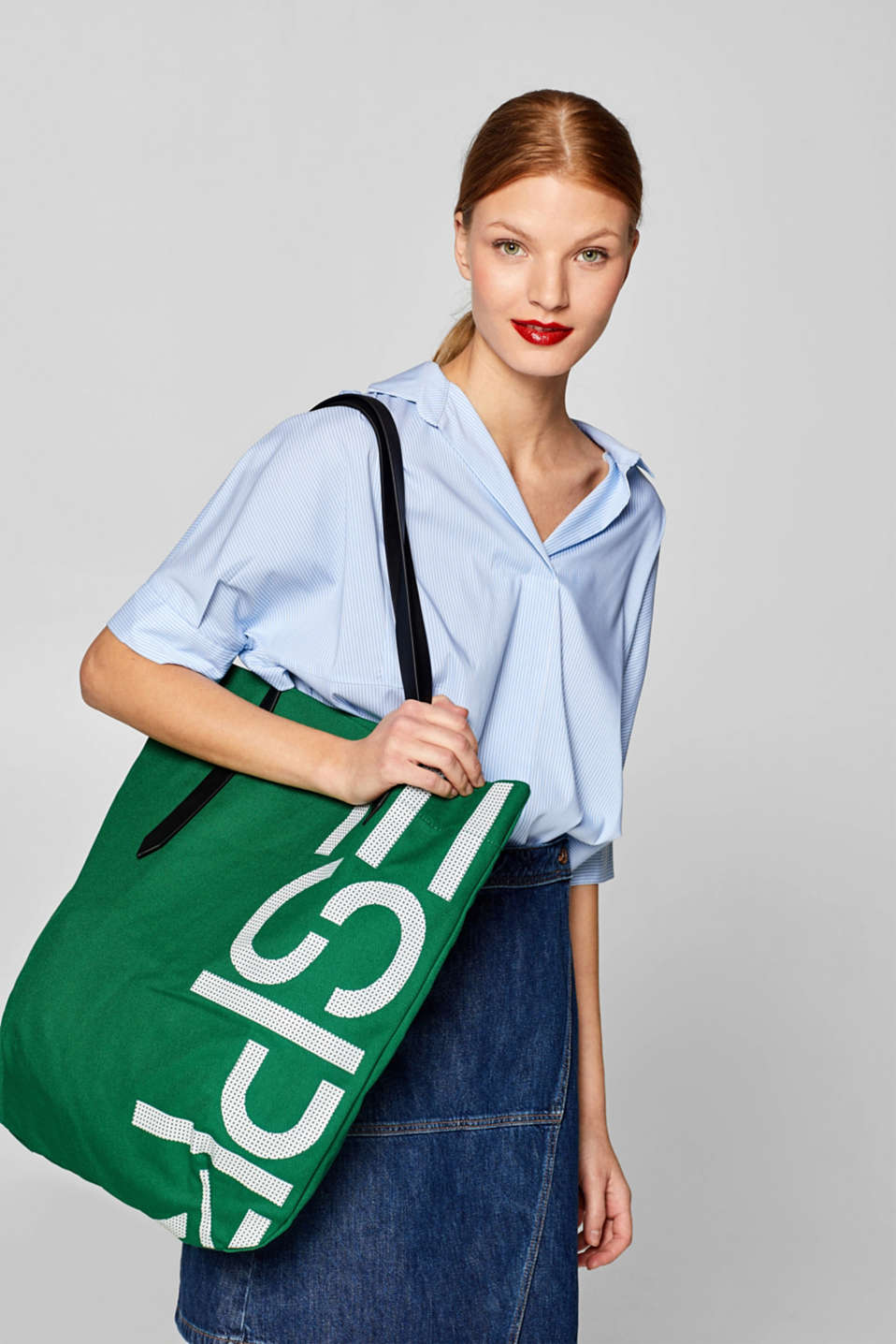 Canvas shopper with a logo print, 100% cotton, EMERALD GREEN, detail image number 1