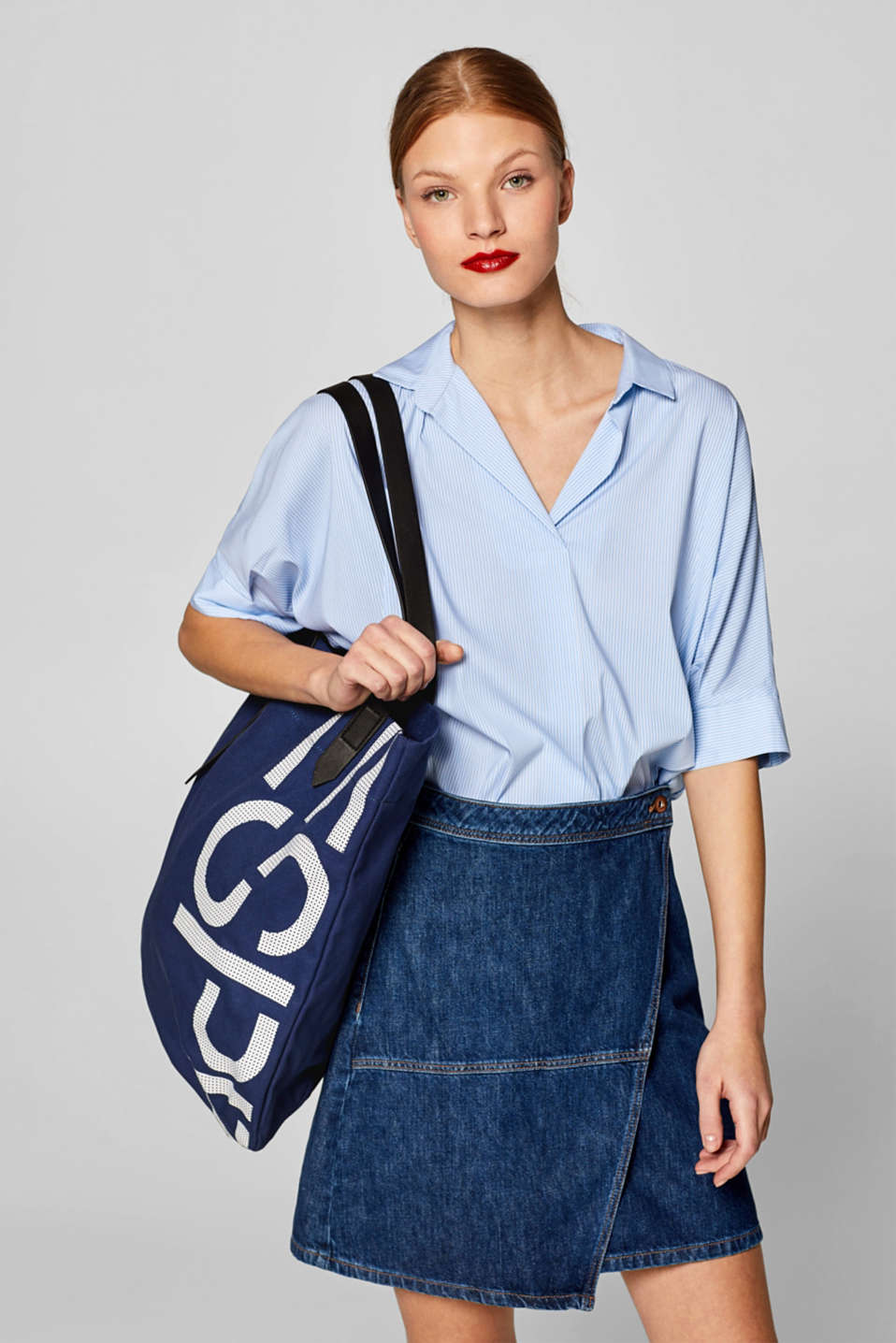 Canvas shopper with a logo print, 100% cotton, NAVY, detail image number 1