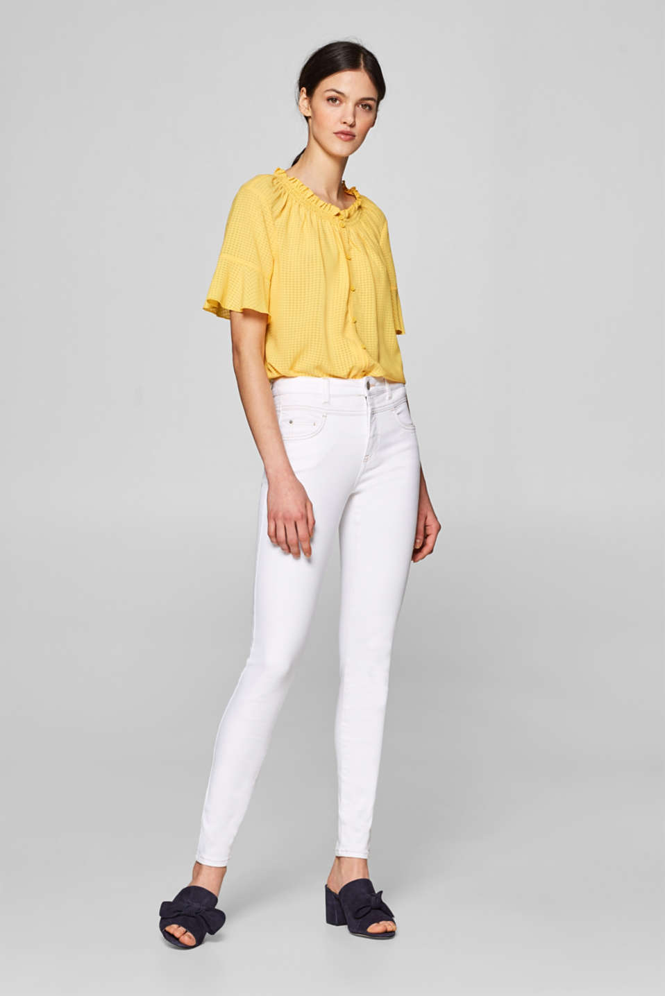 Esprit - Shaping jeans with a high waistband