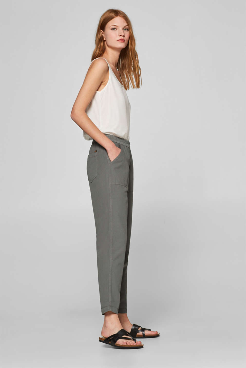 Esprit - Trousers with an elasticated waistband, 100% cotton