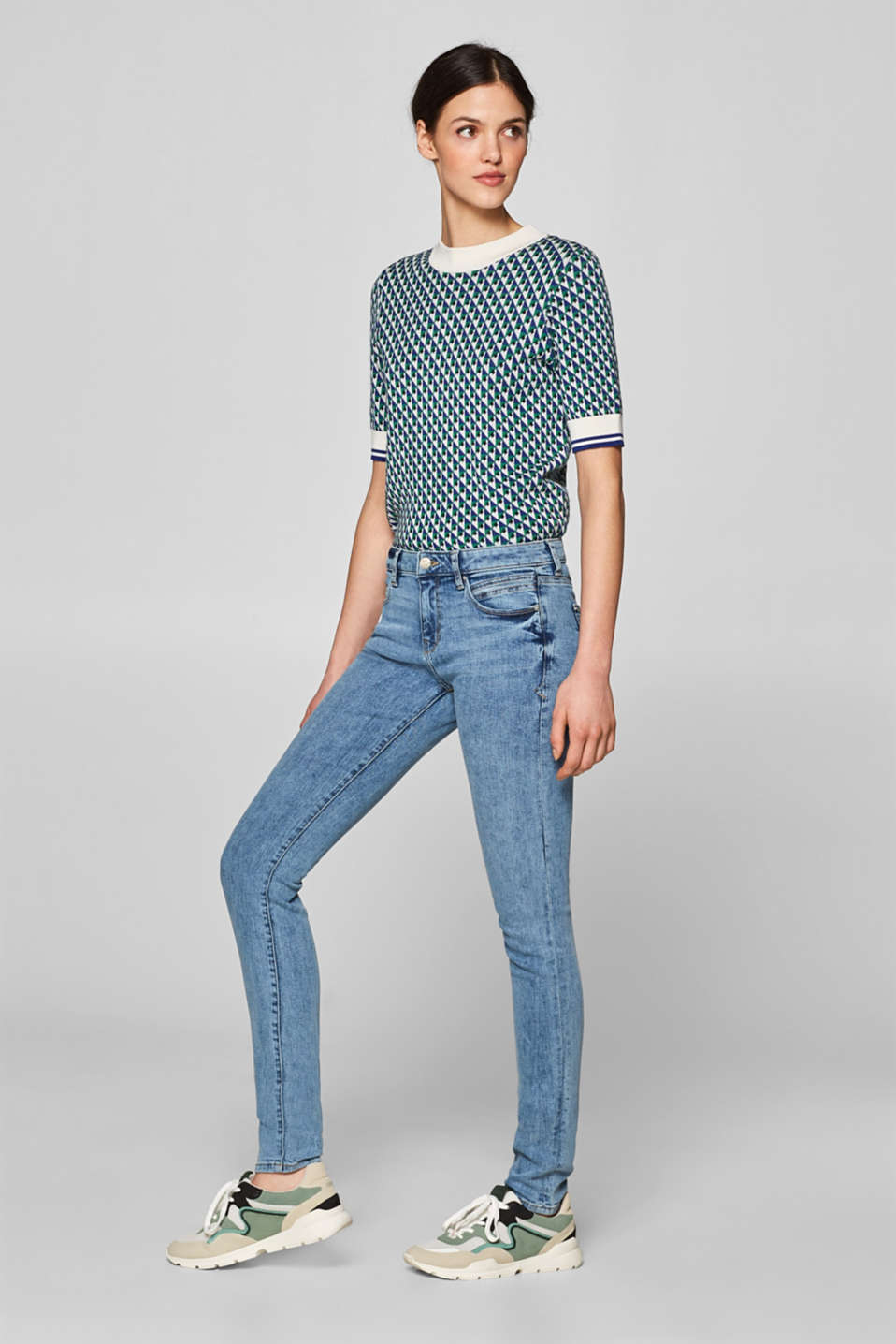 Esprit - Stretch jeans in an acid-style wash