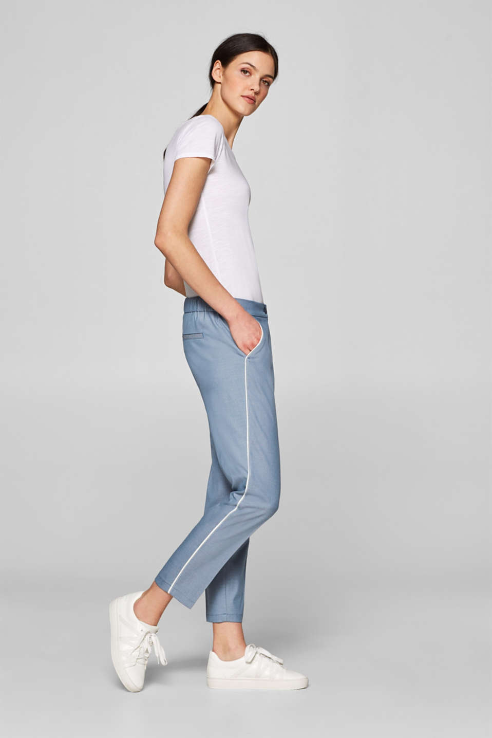Esprit - Cropped stretch trousers with piping
