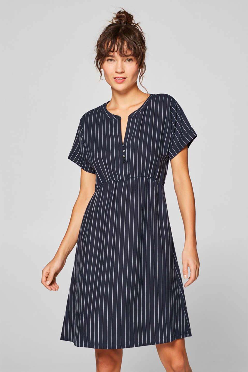 Esprit - Casual jersey dress with pinstripes