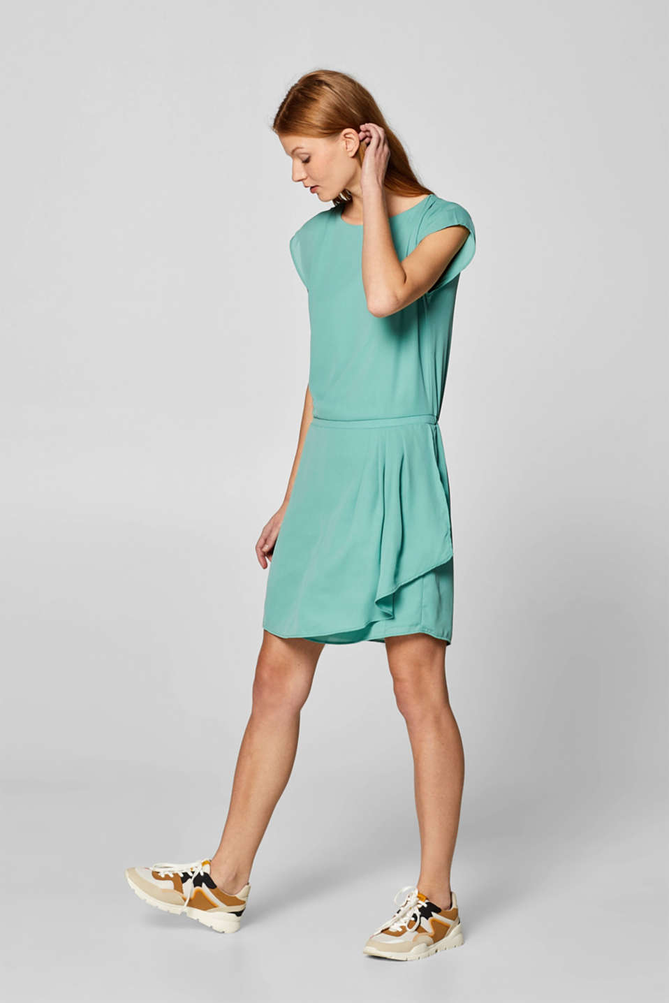 Esprit - Crêpe dress with pleated details