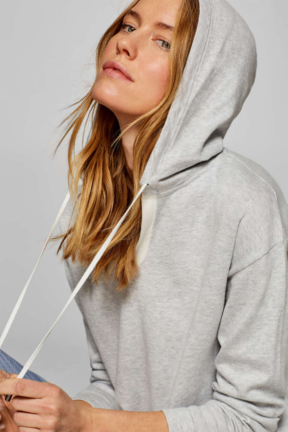 Esprit - Knitted hoodie with organic cotton, 100% cotton