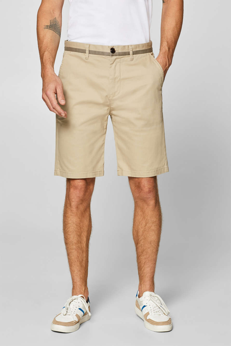 Esprit - Shorts in cotone stretch