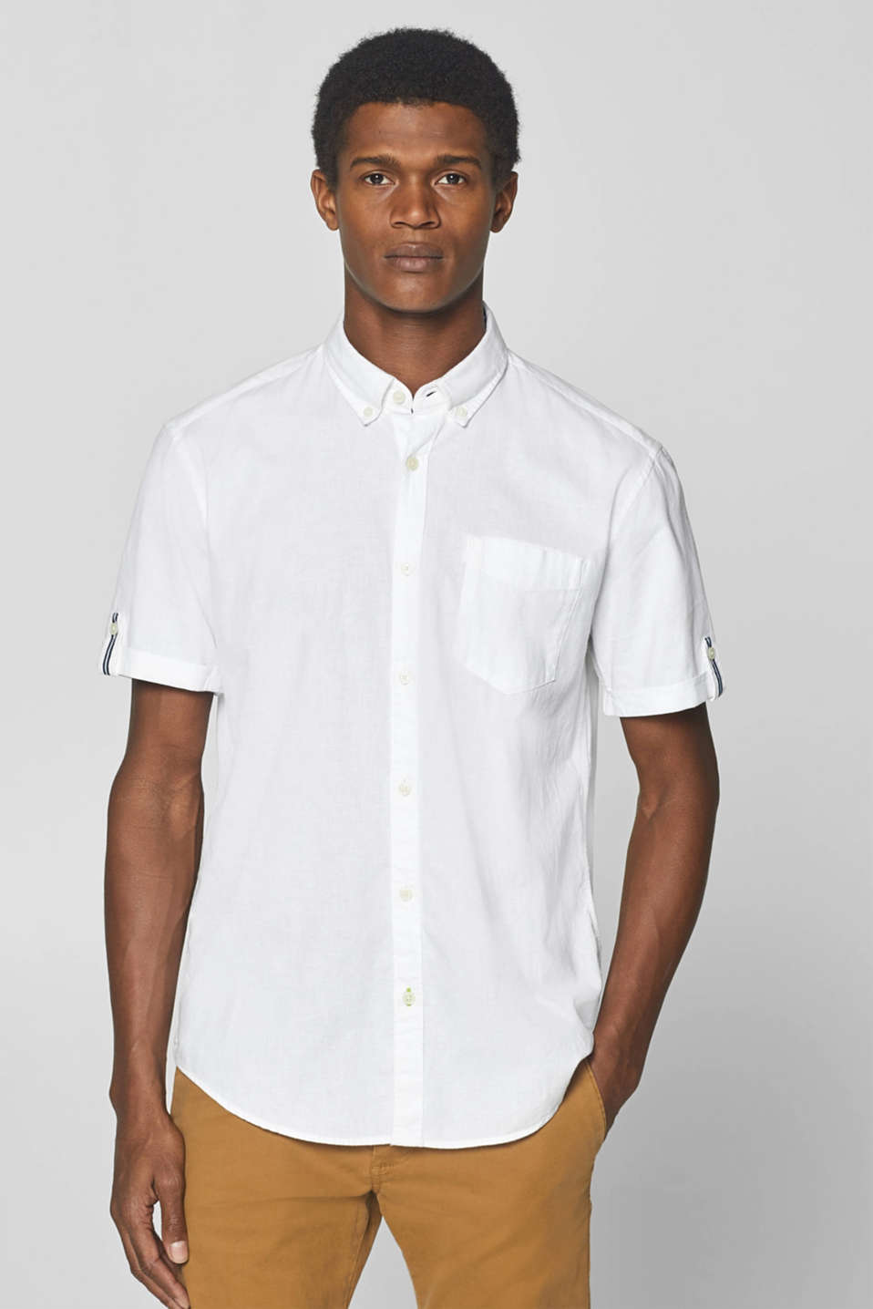 Esprit - Linen blend: short sleeve shirt with a button-down collar