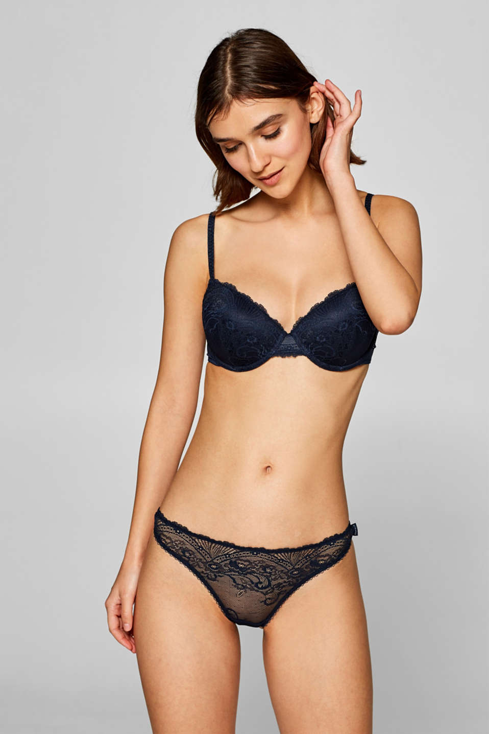Esprit - Padded underwire bra in filigree lace