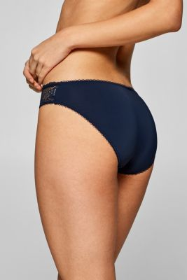 Hipster briefs made of filigree lace