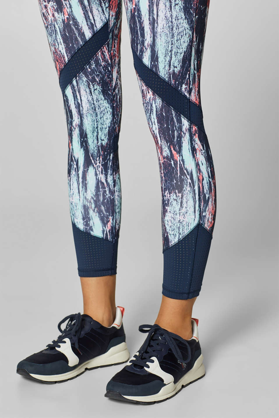 Active leggings with a graffiti print, E-DRY, LIGHT AQUA GREEN 3, detail image number 1