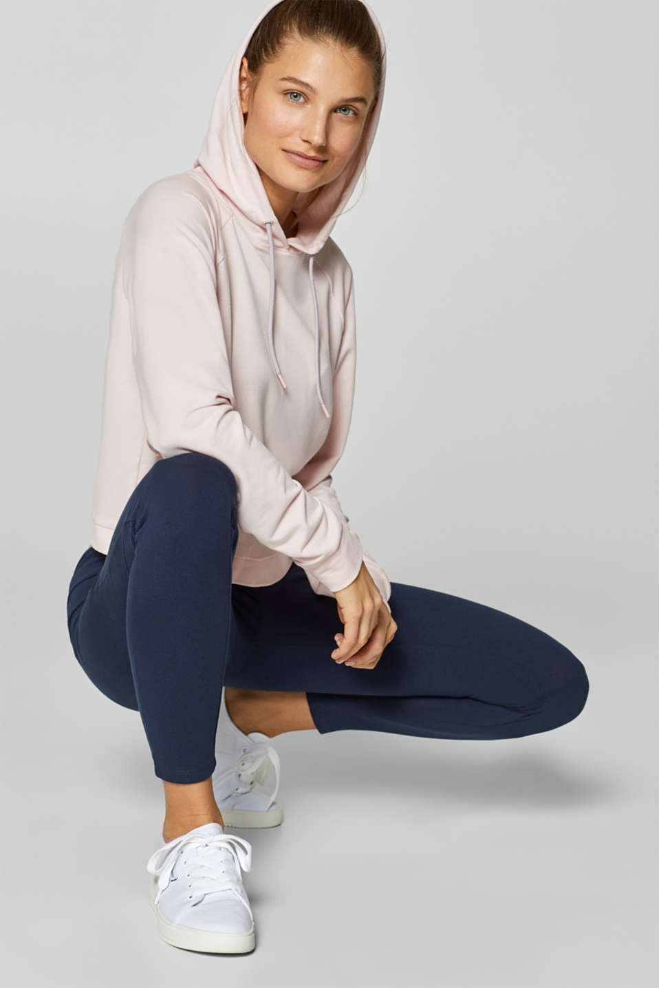 Esprit - Sweat à capuche stretch doux de coupe carrée