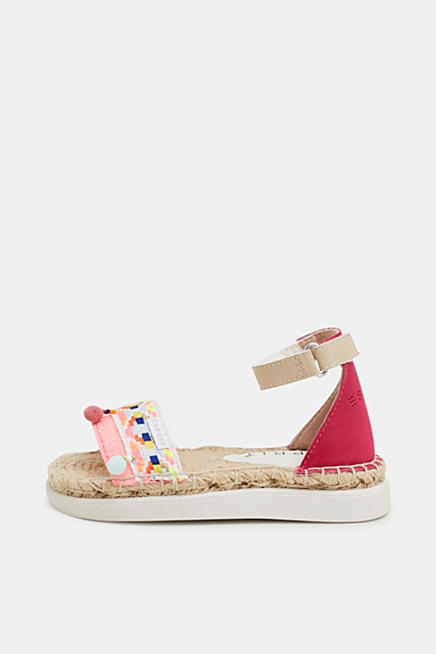 5b3871479bd9 Espadrilles sandals with a bast sole