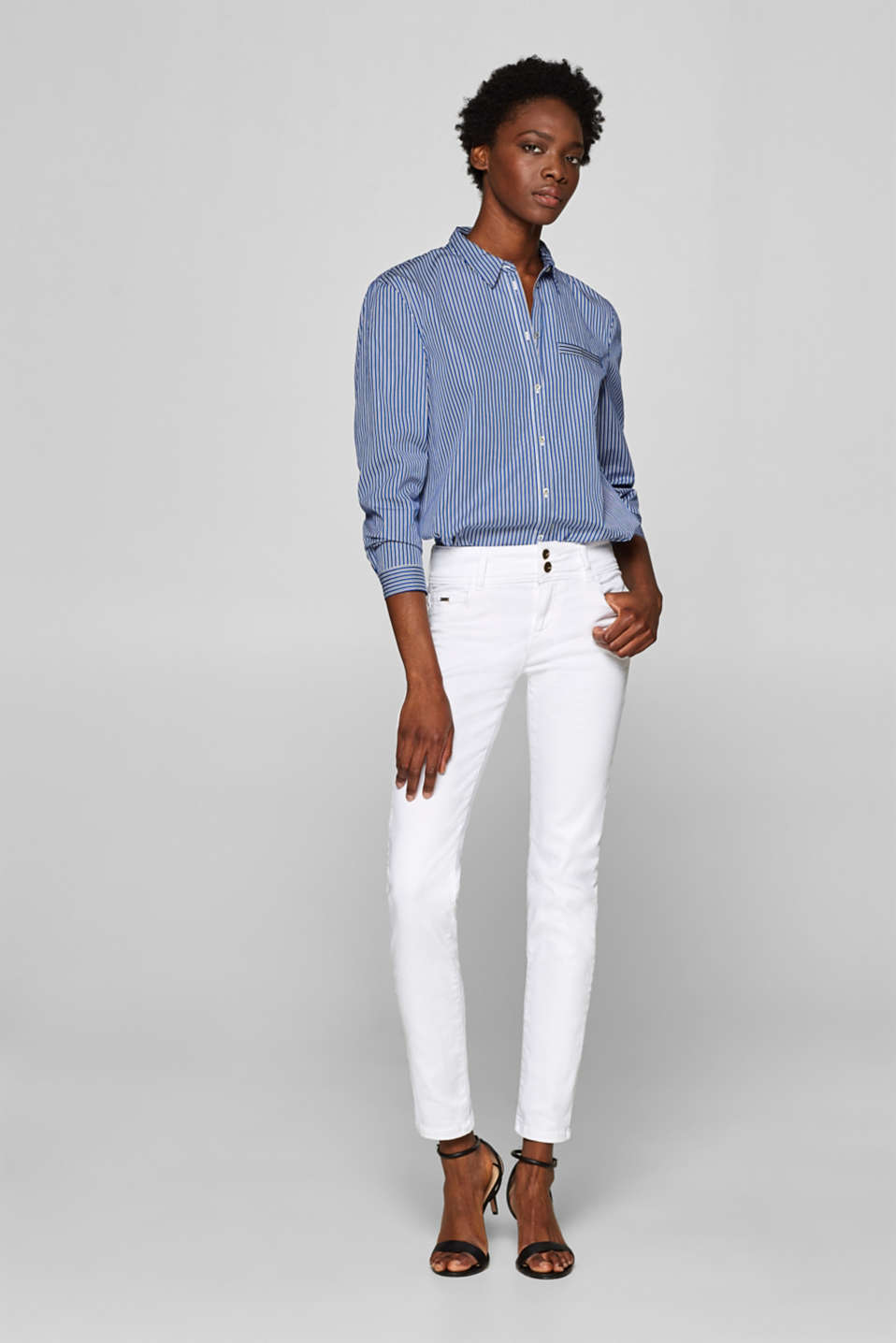 Esprit - Shaping jeans with a wide waistband