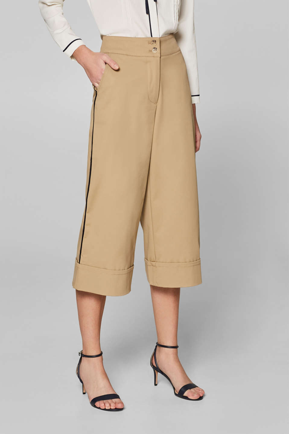 Esprit - Culottes with piping at the side and stretch for comfort