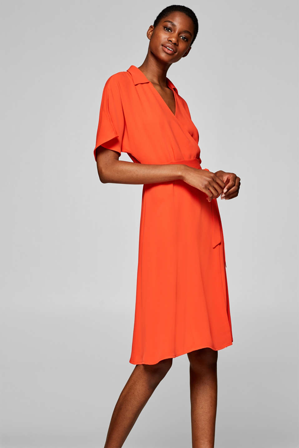 Esprit - Wrap-over dress in a fashionable midi length