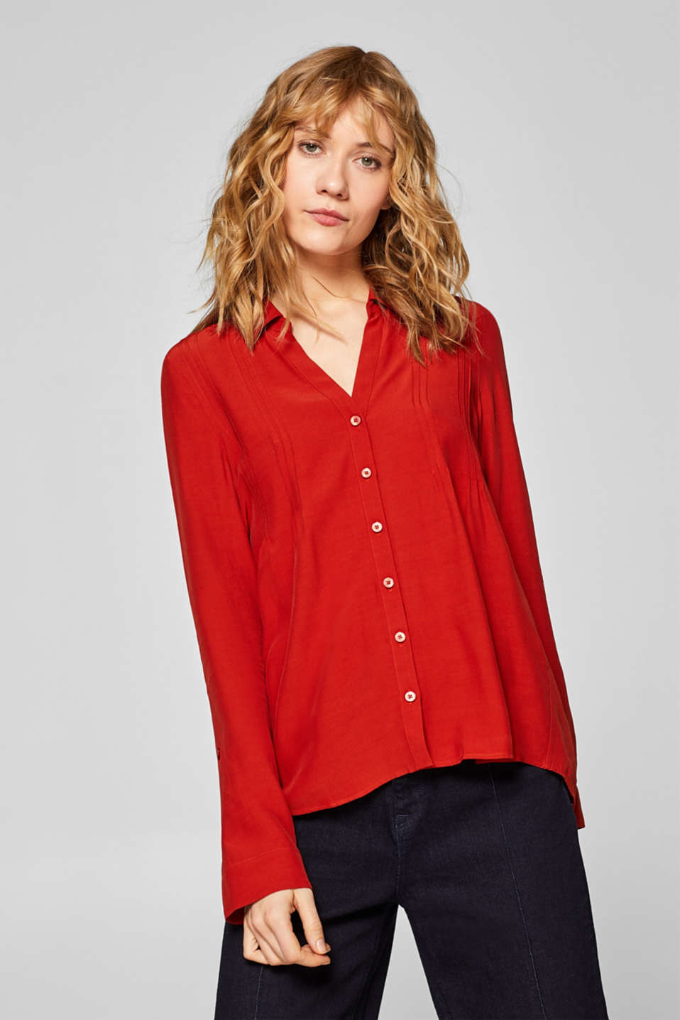 Esprit - Shirt blouse with pintucks and LENZING™ ECOVERO™