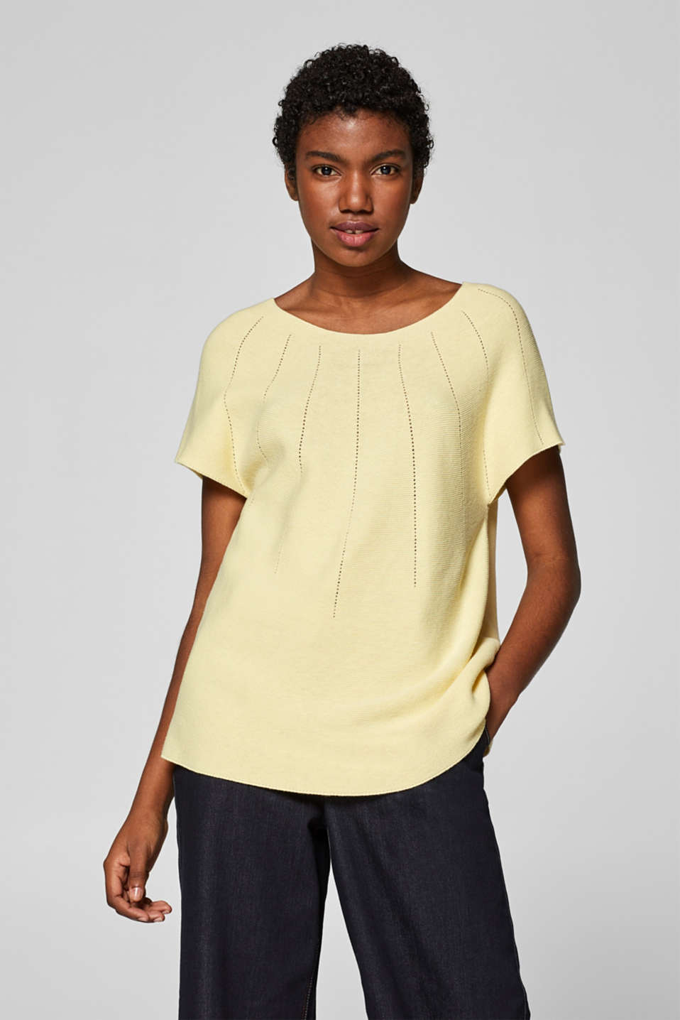 Esprit - Feminine jumper with open-work patterned details