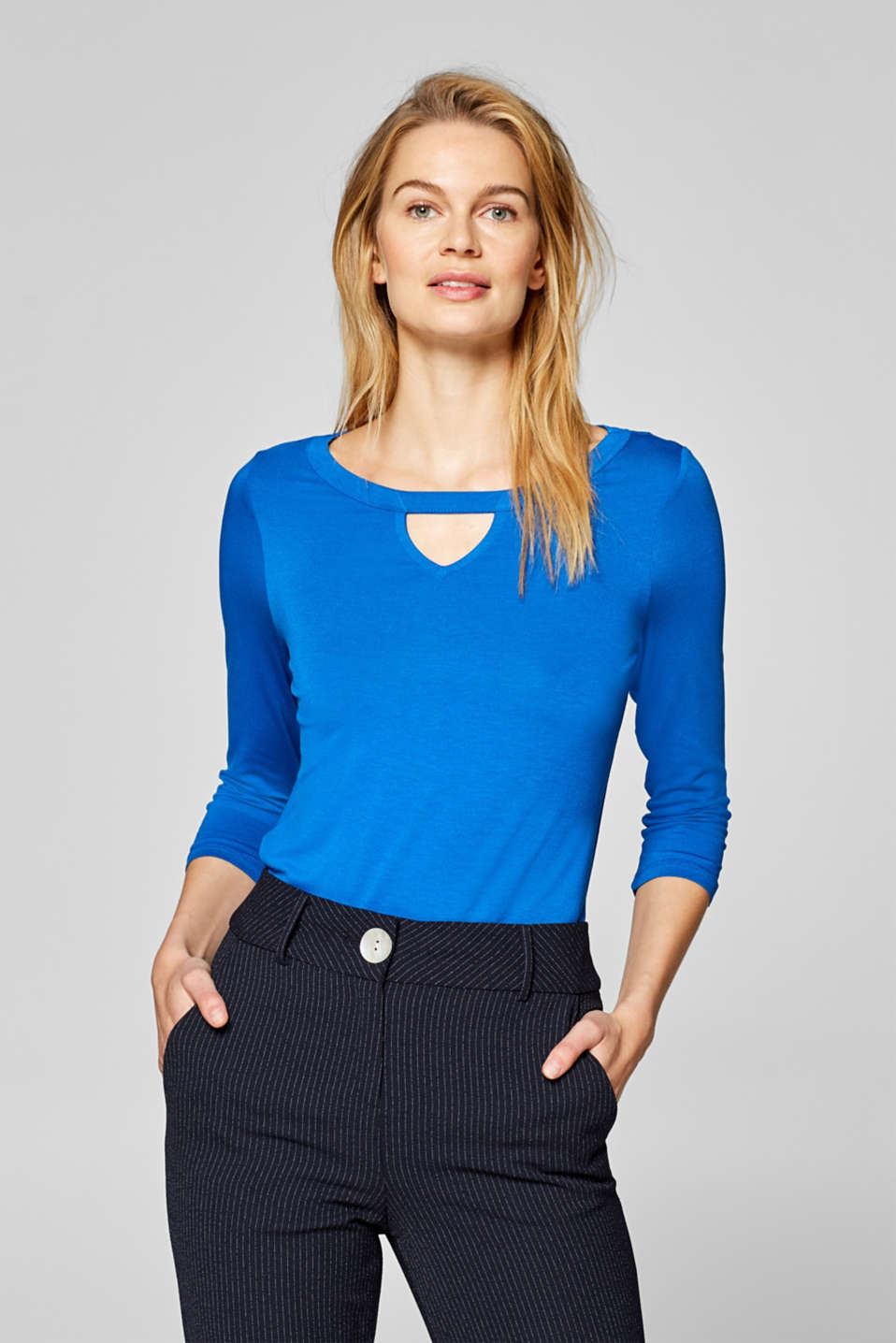 Esprit - Stretch-Shirt mit Cut-Out
