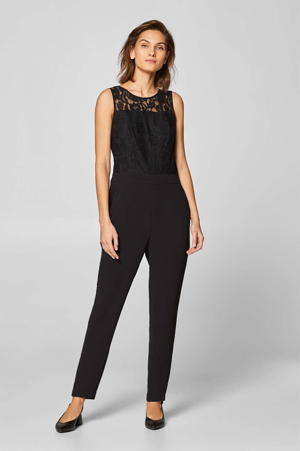 2afeecbf2e50 Esprit - Jumpsuit i spets och crepetyg i Esprits Online-Shop