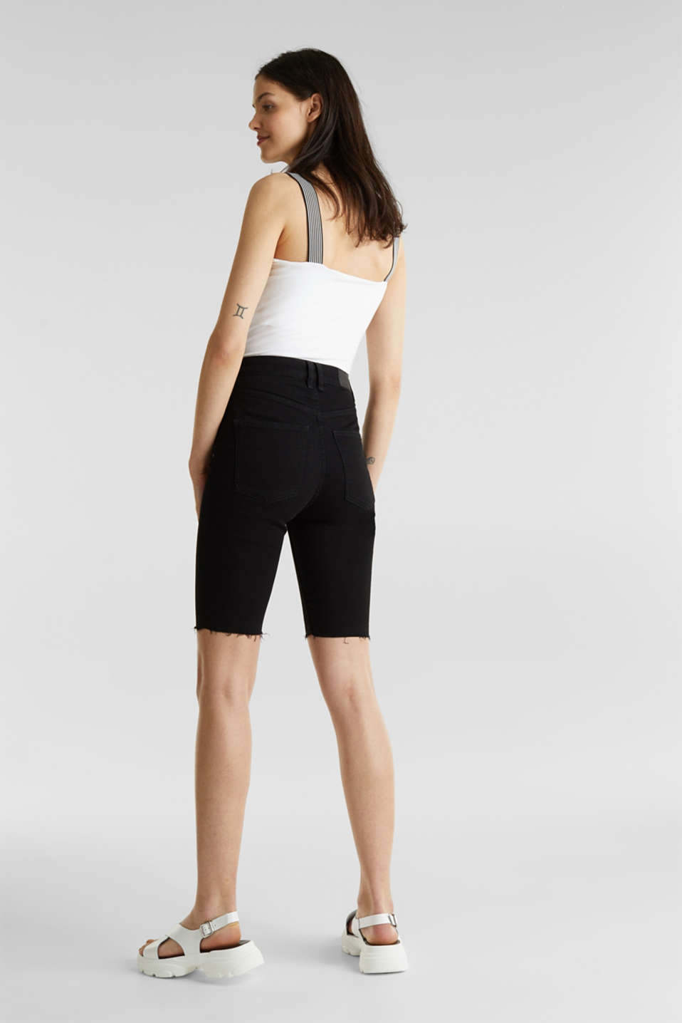 Super stretch Bermudas with a high waistband, BLACK RINSE, detail image number 3