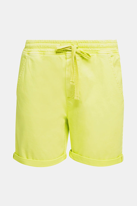Shorts with an elasticated waistband