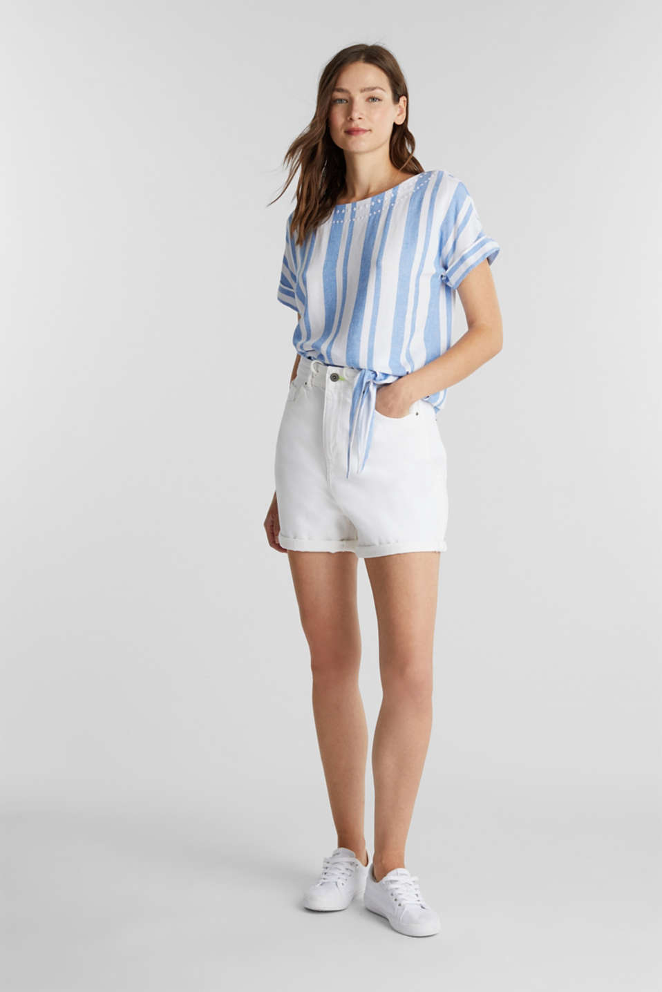 With linen: blouse with a knotted detail, LIGHT BLUE, detail image number 1