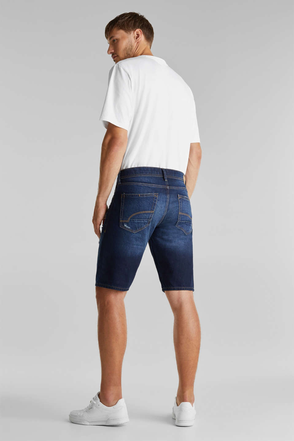 Denim shorts with a vintage finish, BLUE DARK WASH, detail image number 3