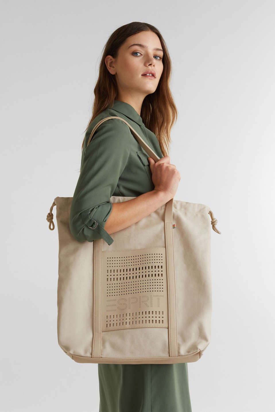 Perforated canvas shopper, LIGHT BEIGE, detail image number 1