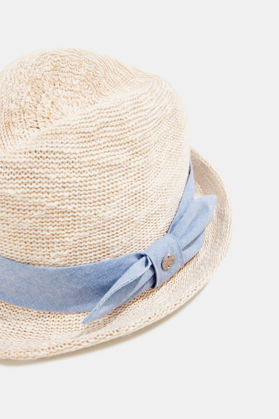 Knitted trilby hat with tape, SAND, detail image number 1