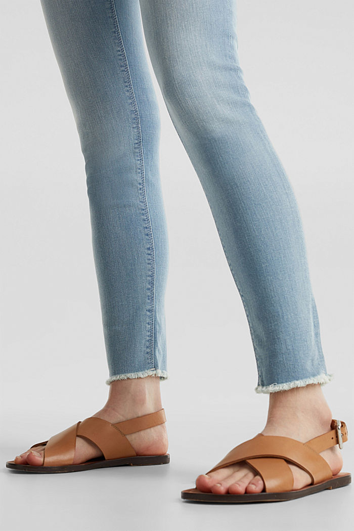 Ankle-length jeans with frayed leg openings, BLUE BLEACHED, detail image number 2